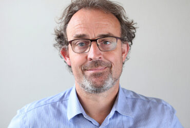 Noel Farrer (web)